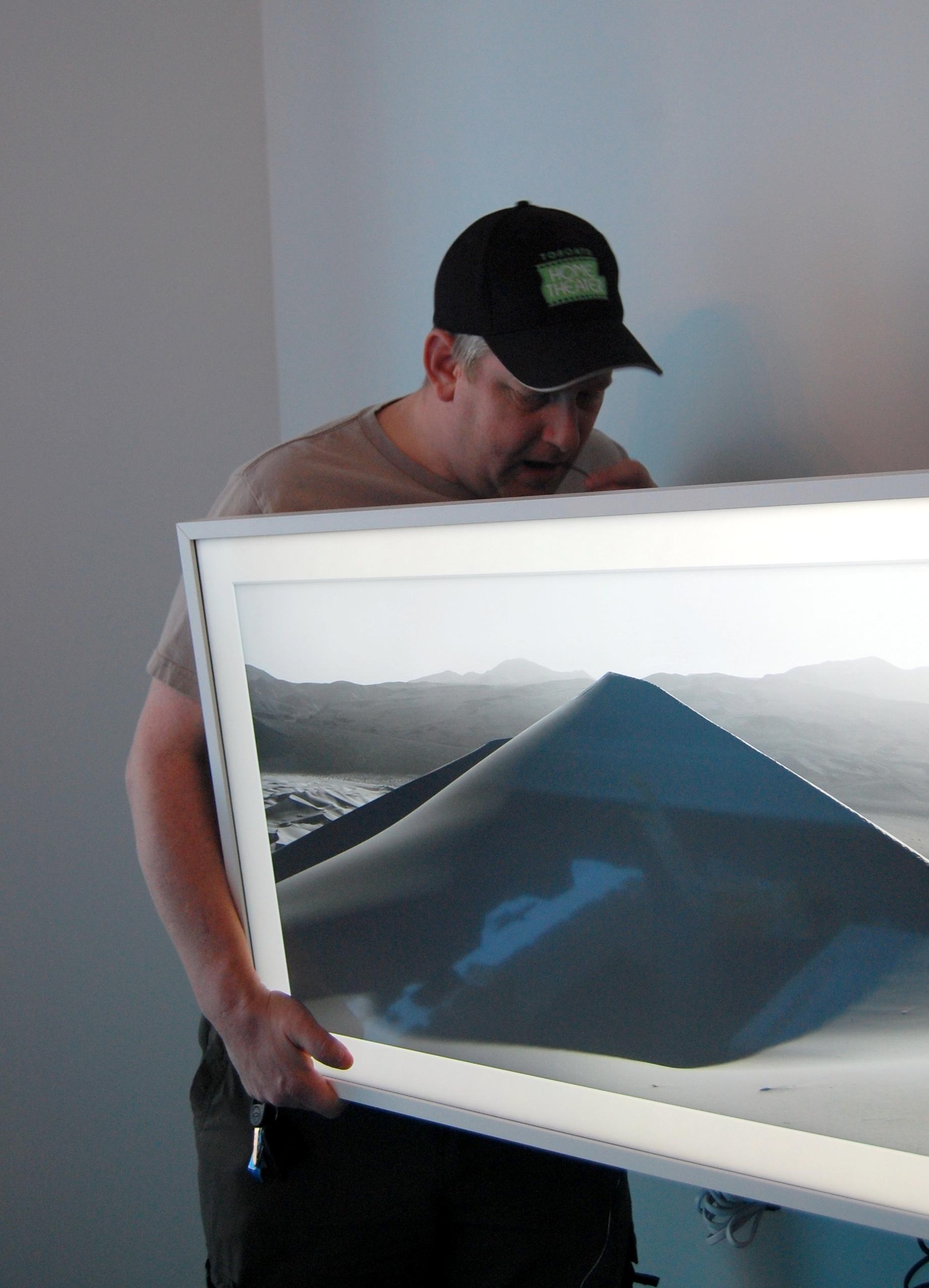 Mike Widerman Installing Samsung Frame