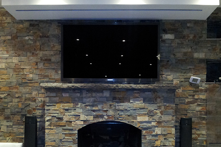 TV & Projection System at A Condo